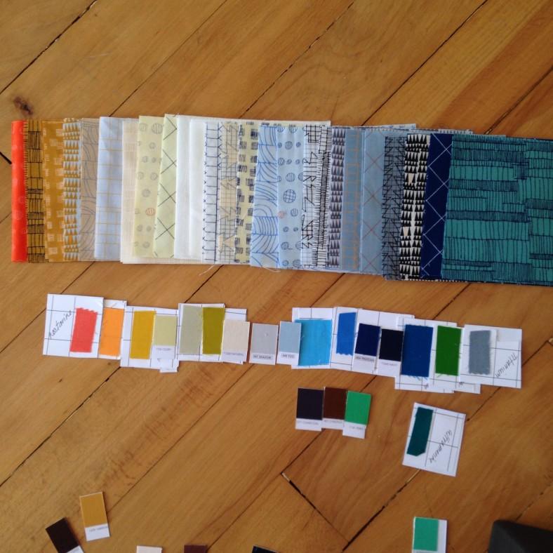 picking out the coordinating Kona solids for Doe_carolyn friedlander