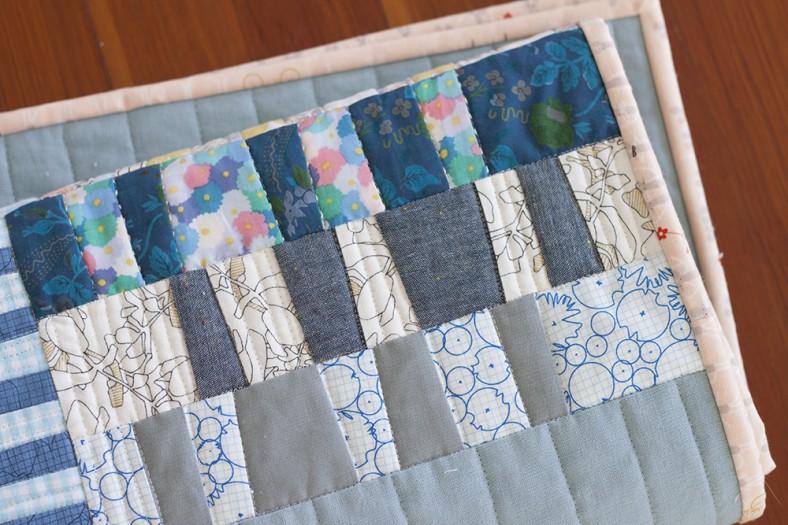 Totem quilt for Laurie_12_Carolyn Friedlander
