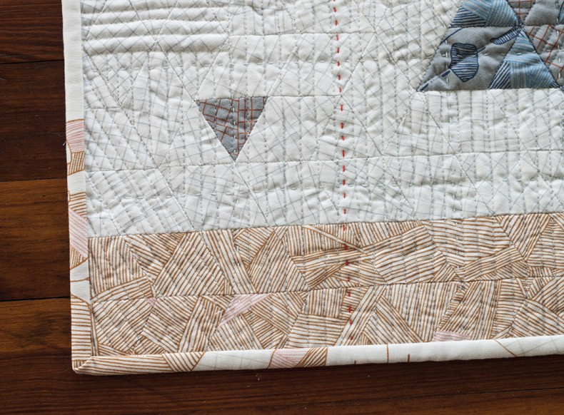 satellite 5 quilt by Lynn Harris