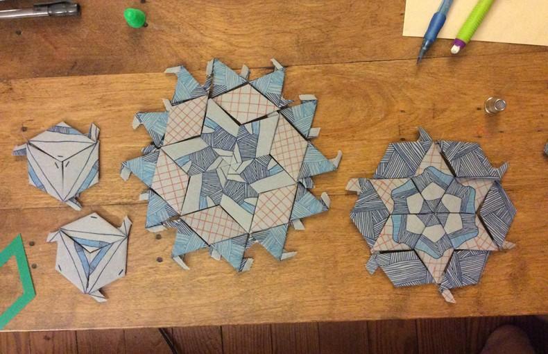 making satellite 5 quilt_Lynn Harris