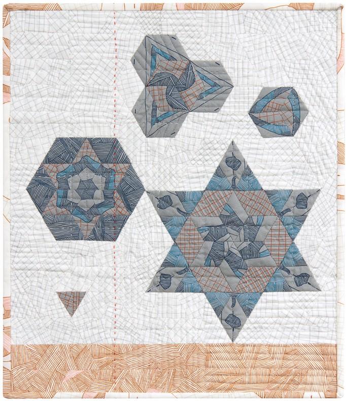 satellite 5 quilt by Lynn Harris_