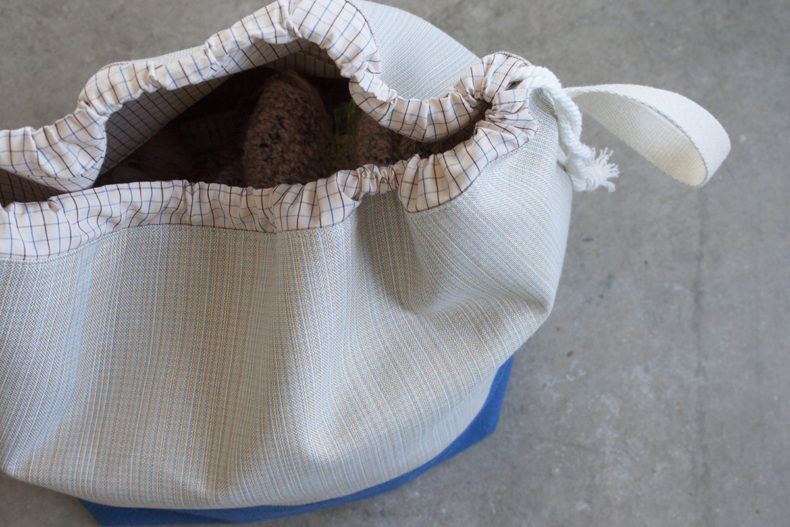 Finch Bucket Bag in Harriot Fabric