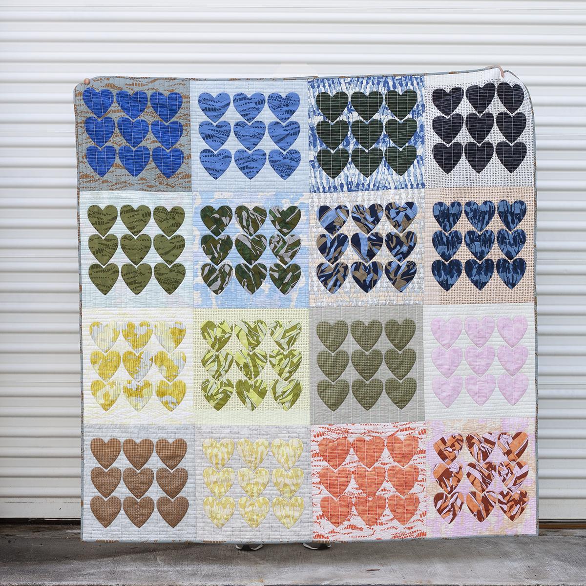 hearts jetty quilt . carolyn friedlander