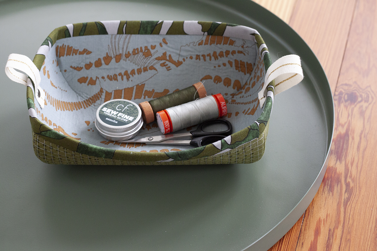 sewing tray with sewing stuff