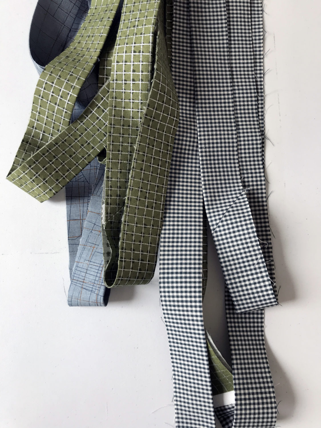 scrappy binding in collection CF, Jetty and gingham