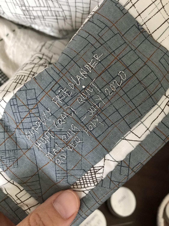 hunt quilt along quilt label . carolyn friedlander