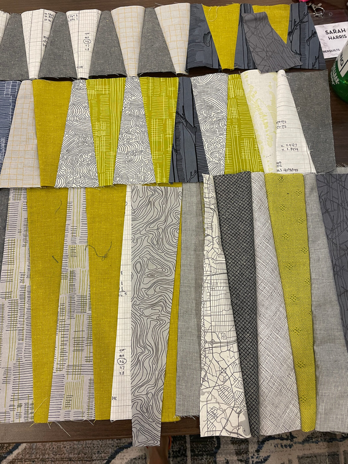 long leaf quilt pieces sewn together by @acorncornerquilts