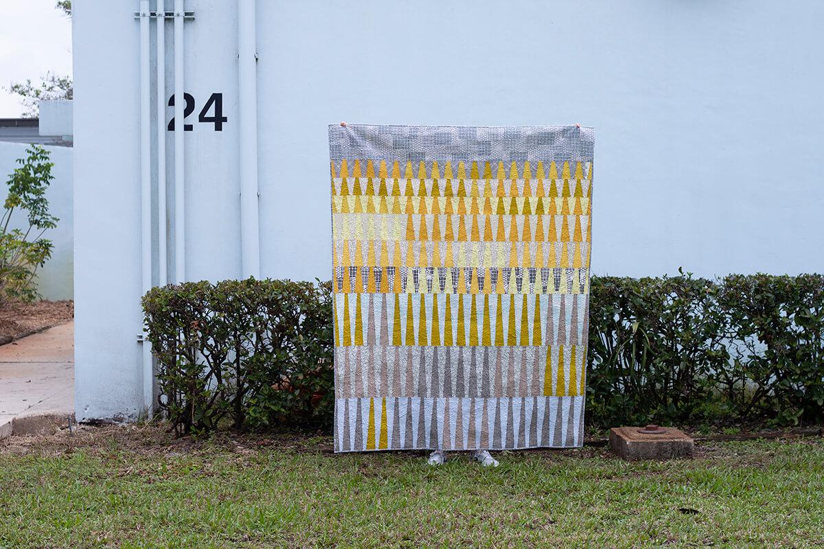 long leaf quilt in kept fabrics by carolyn friedlander